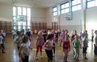 Plesni športni dan 2. razredov